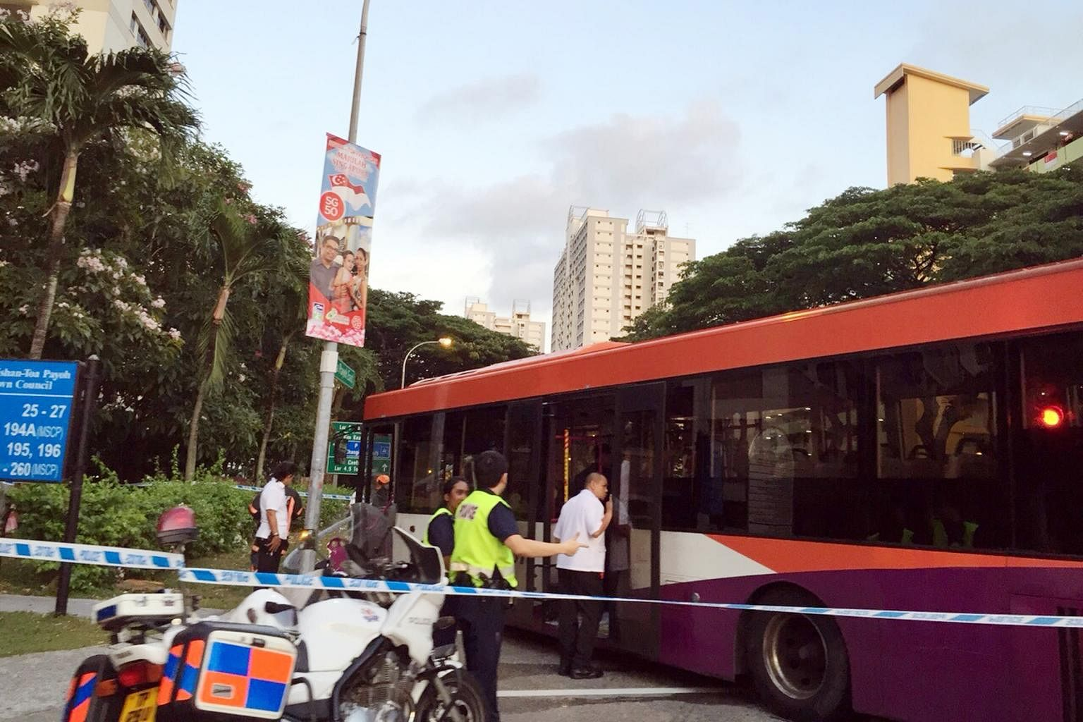 7 passengers hurt in SBS bus accident at Toa Payoh