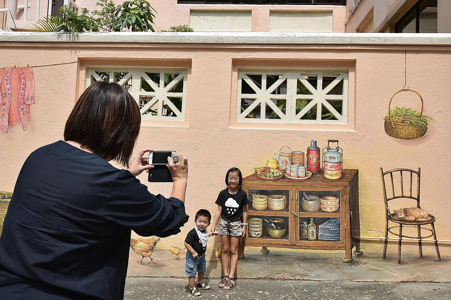 Historys On The Walls In Everton Road Singapore News Top Stories