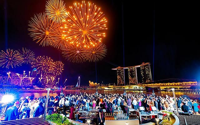 25 New Year S Eve Parties In Singapore To Usher In 2015