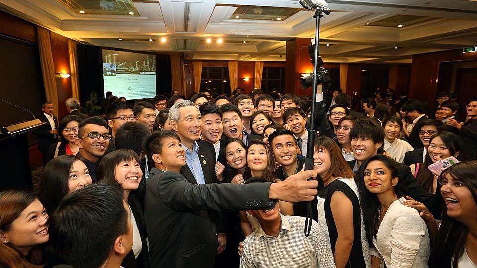 Selfies03