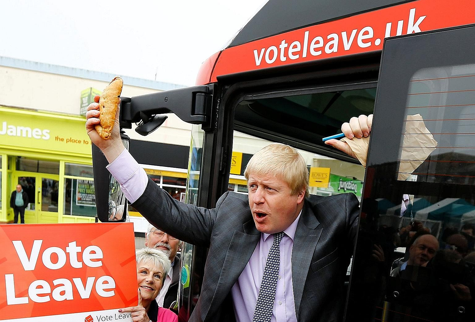 Those supporting Britain's exit from the EU now rally around former London mayor Boris Johnson, similar to how the ancient queen Boudicca's supporters fought for independence from the Roman Empire.