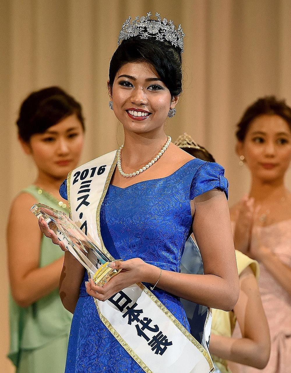 Ms Yoshikawa, born in Tokyo to an Indian father and a Japanese mother, has vowed to continue the fight against racial prejudice in homogeneous Japan.