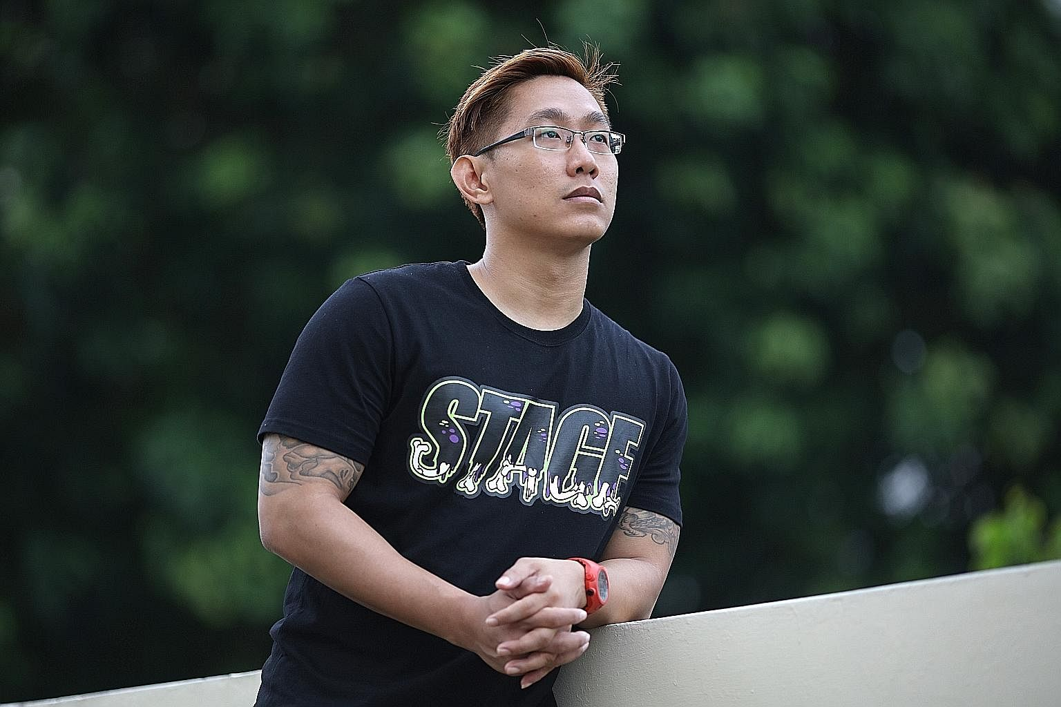 Mr Swee started a tuition programme for young people in Taman Jurong, He rushes from classes at NTU twice a week to give free mathematics tuition. In addition to giving tuition, Mr Swee organises activities to keep young people away from bad influenc