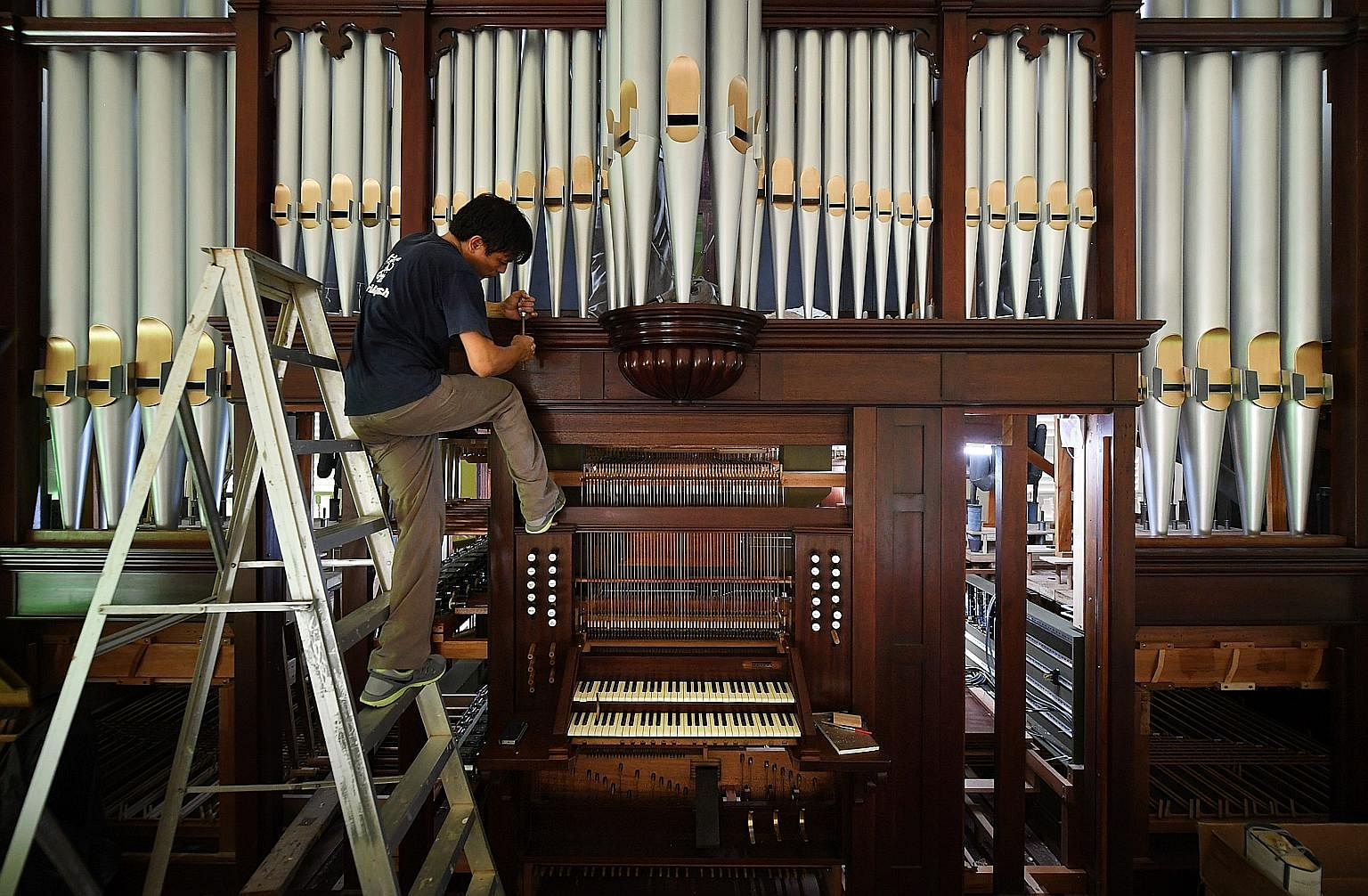 Hark the pipe organ in all its glory singapore news top stories hark the pipe organ in all its glory singapore news top stories the straits times ccuart Image collections