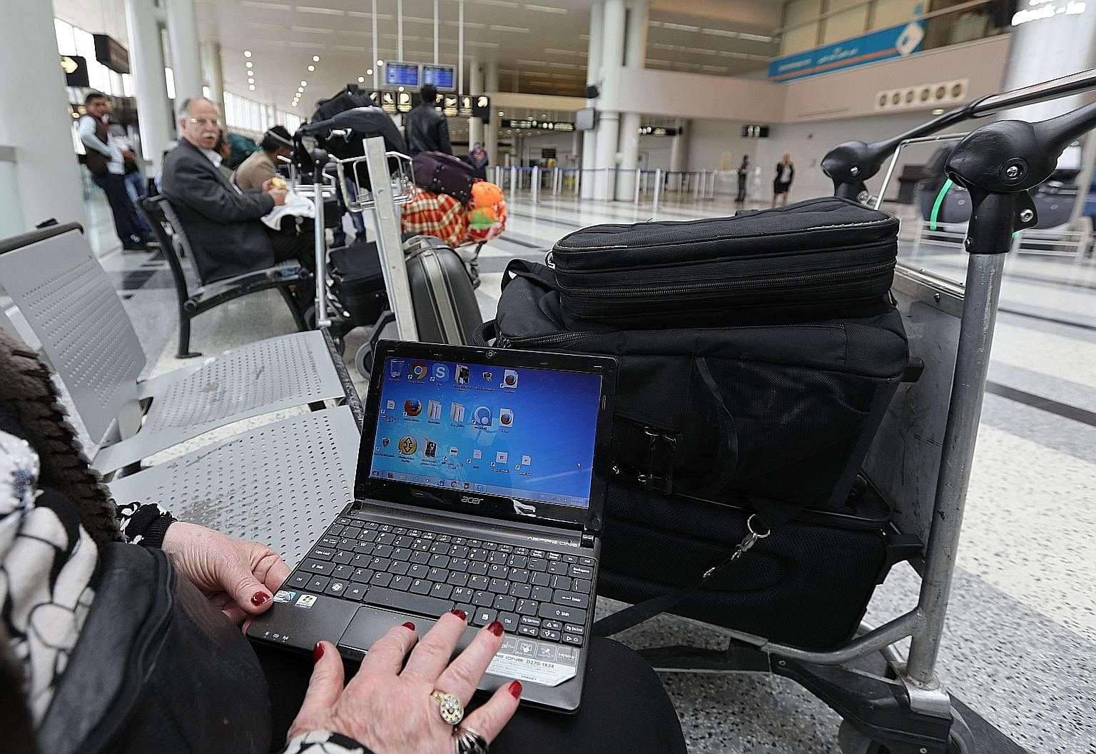 Last week, the US and Britain said they will stop travellers from taking into aircraft cabins large electronic devices such as bigger cameras, tablets and laptops, if they board from some countries in the Middle East and North Africa.
