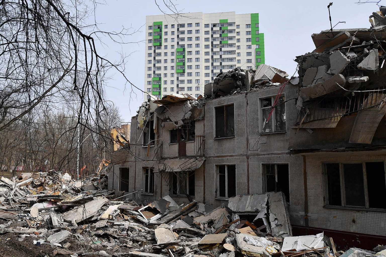 Moscow authorities began to demolish the building Tagansky ATS, despite the protests 04/24/2016 51