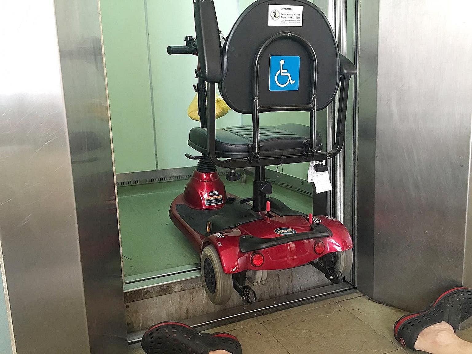 Man's fatal fall: Lift had history of 'mislevelling', Courts