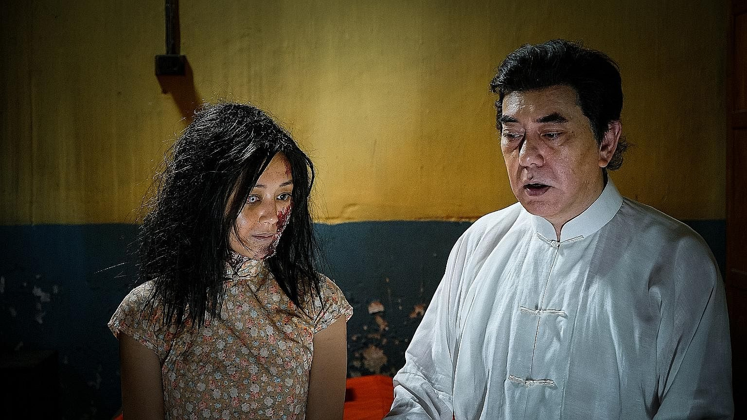 The Sleep Curse stars Anthony Wong as a sleep researcher and Michelle Wai as a sex slave.