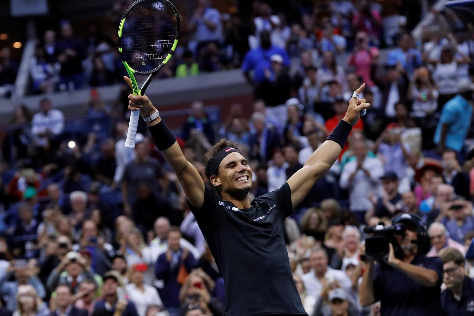 16th career grand slam - HD 3500×2052
