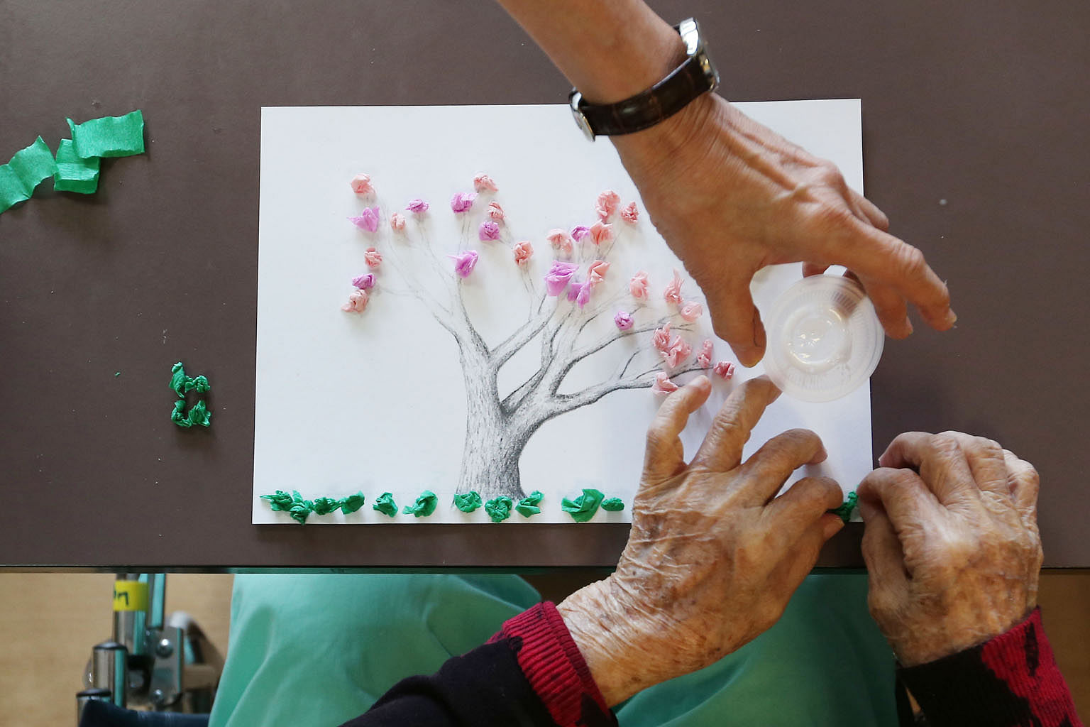 Many hospitals engage dementia patients in group activities like art and craft and cooking sessions in addition to traditional therapy methods such as physio and music therapy. But besides the patients, caregivers too need help in managing the stress