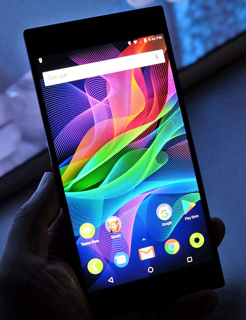 The Razer Phone will retail for US$699.99 (S$952), with the first wave of countries, including the US and select Europe markets, getting it on Nov 17. Local pricing and availability is not yet known.