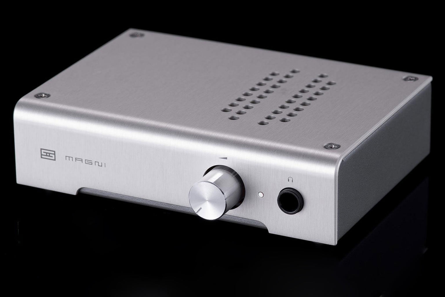 Gadget Gifts Galore Holiday Gift Ideas For Everyone Tech News 1000 About Buffer Amplifier On Pinterest Audio Photo Schiit Magni 3 Amp