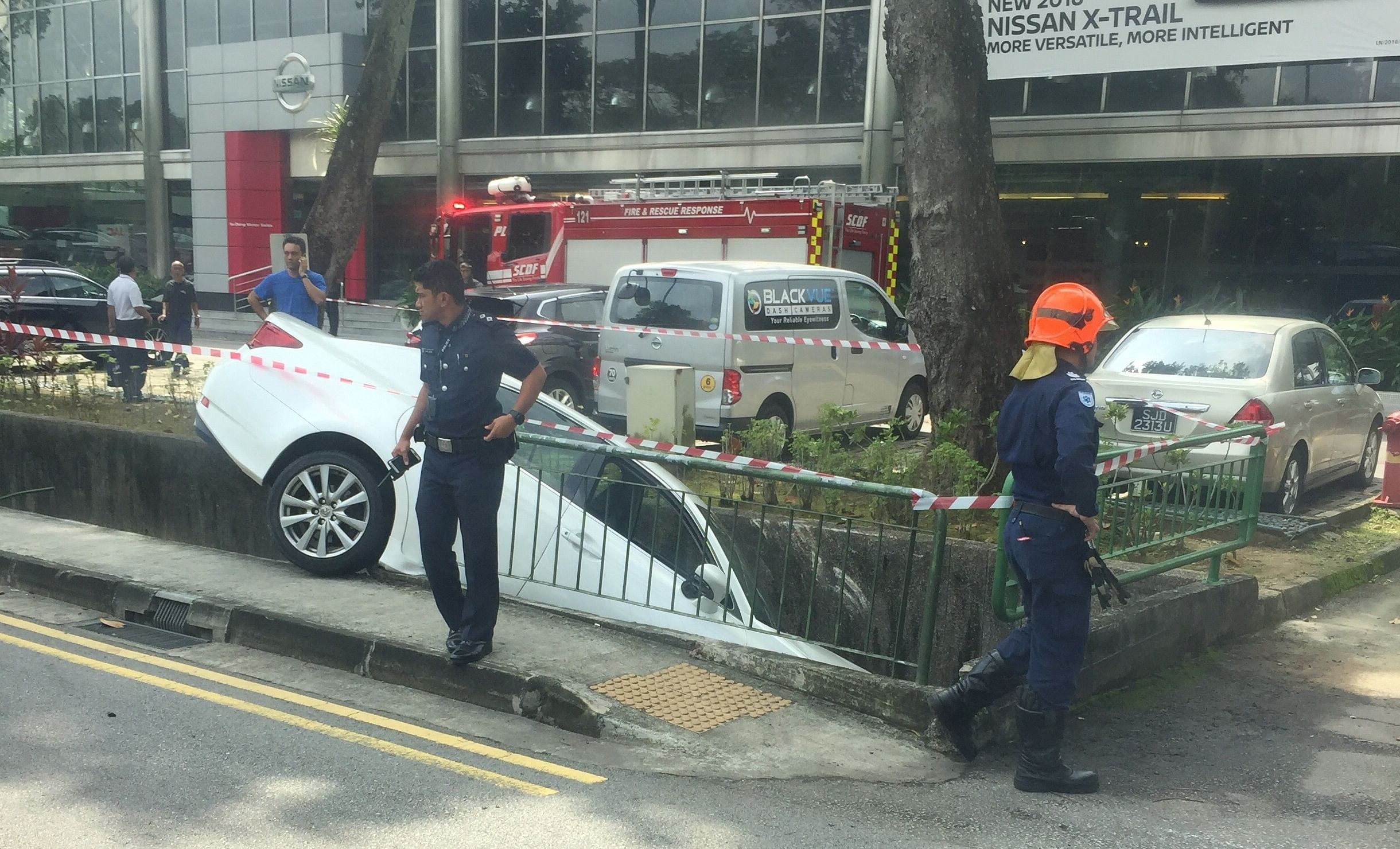 Year Old Woman Injured After Driving Into Drain In Bukit Timah Singapore News Top Stories The Straits Times