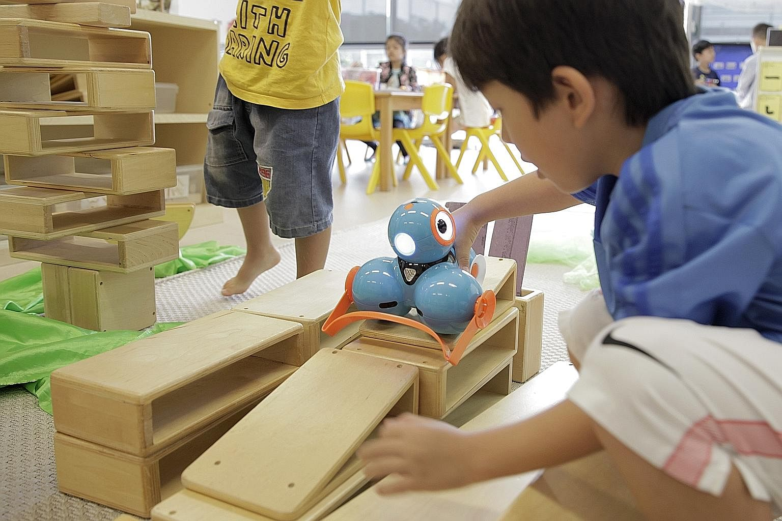 Play@TP adopts an inquiry-based approach so children can explore topics of their interest rather than fixed lessons.