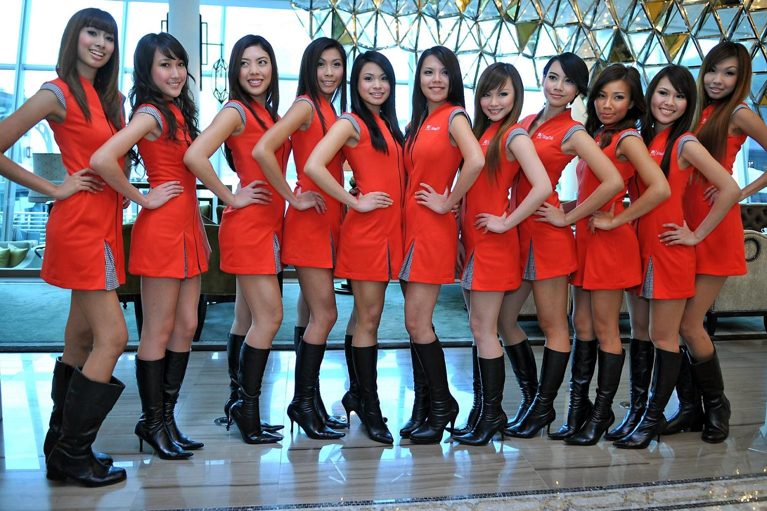 where to find girls in singapore