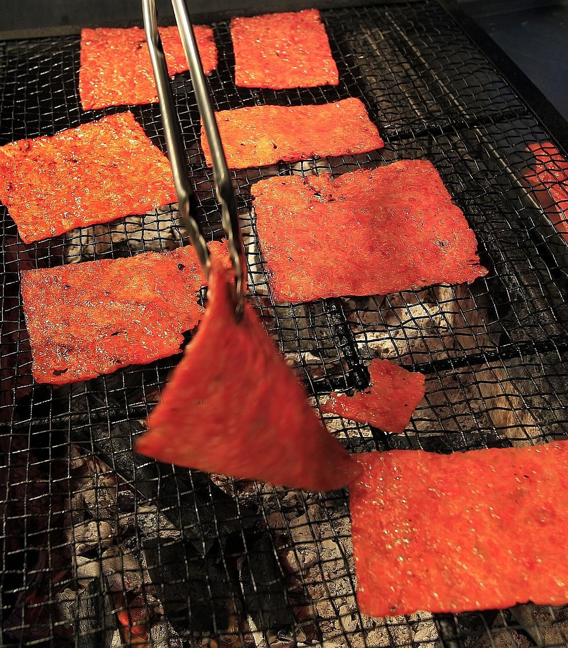 "Bak kwa is called ""long yoke"" in Cantonese, which means to have good fortune."