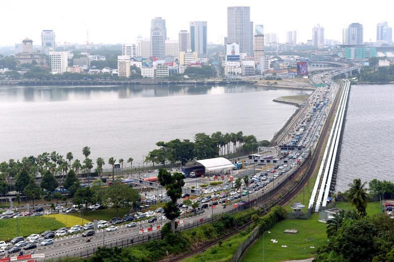 Single border checkpoint: KL to discuss idea further with ...