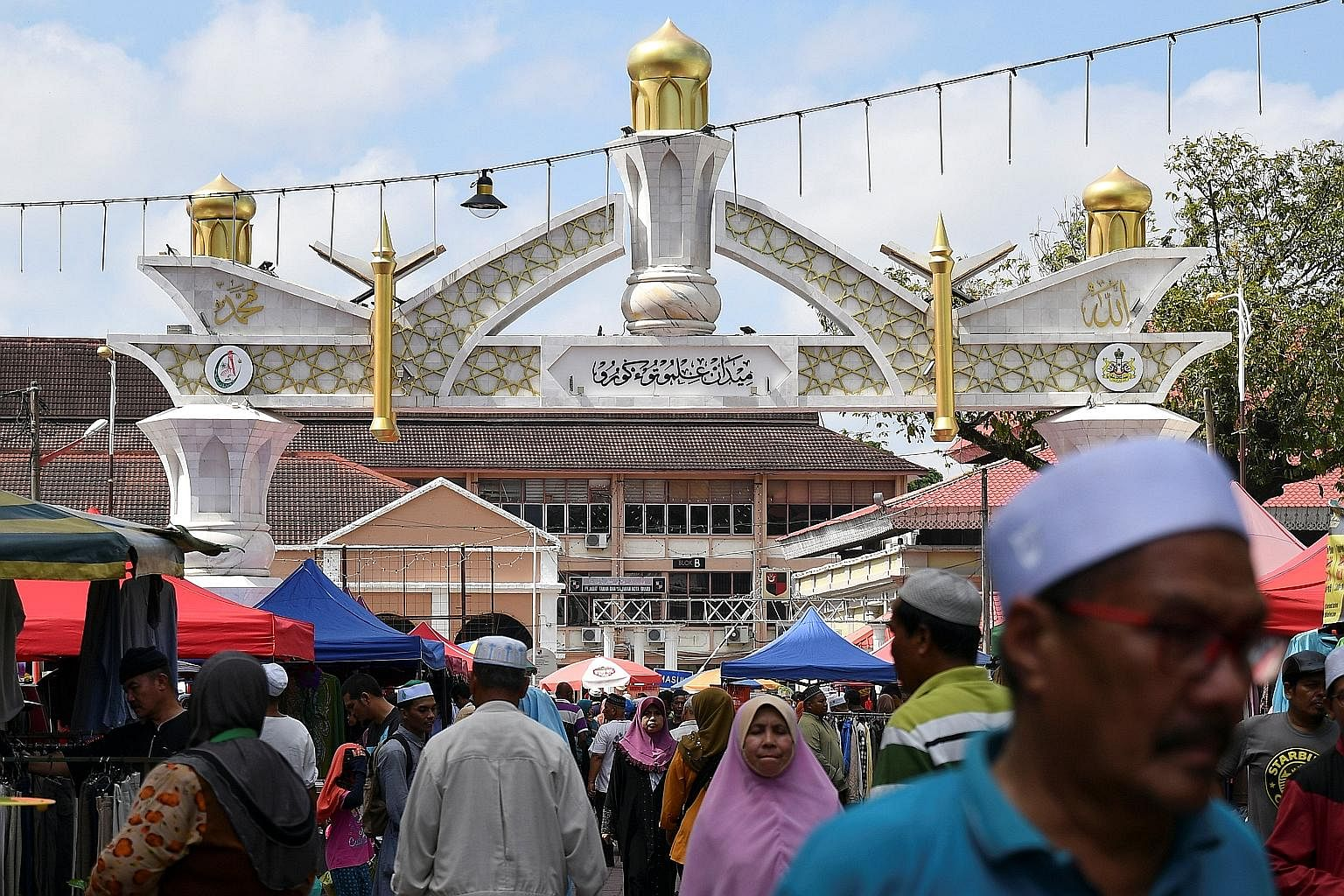 Malay politics, according to the writer, is at a watershed. Both BN and PH are Malay-led. Whichever side wins, it will still be a Malay-led government in Malaysia. But the flux in Malay politics is, by extension, throwing the whole political landscap