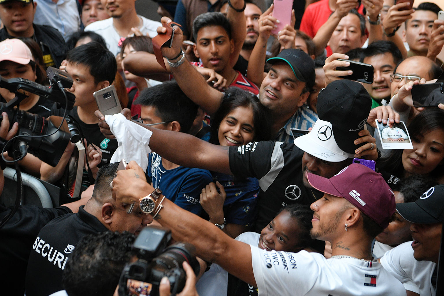 Hamilton Is Driven Not Distracted Formula One News Top Stories