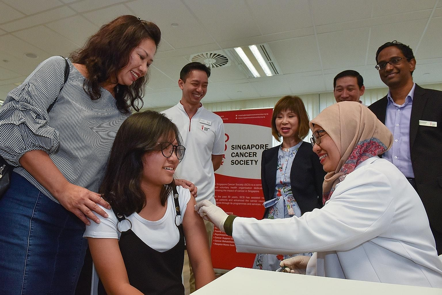 hpv vaccine jurong warts on your hands