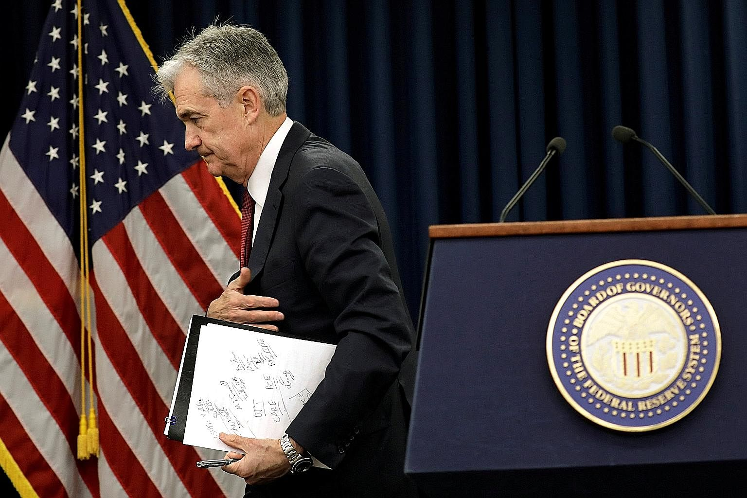 Mr Jerome Powell speaks about policy in a style that is less economics textbook than past Fed chiefs.