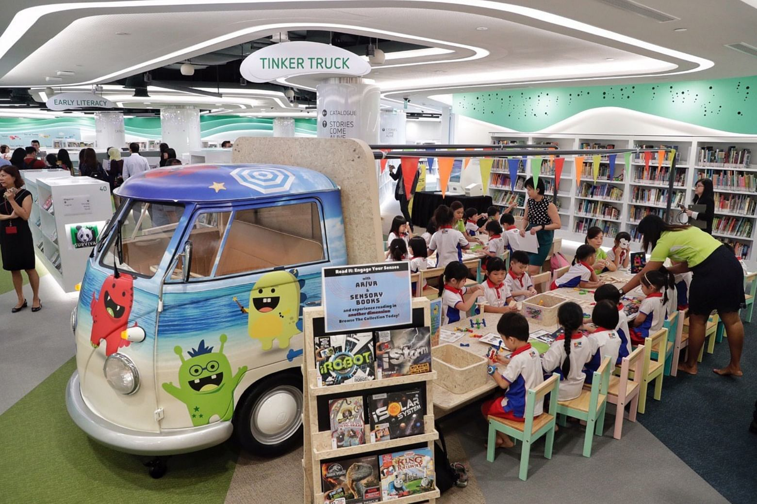 Biggest shopping mall library offering views of Sentosa to