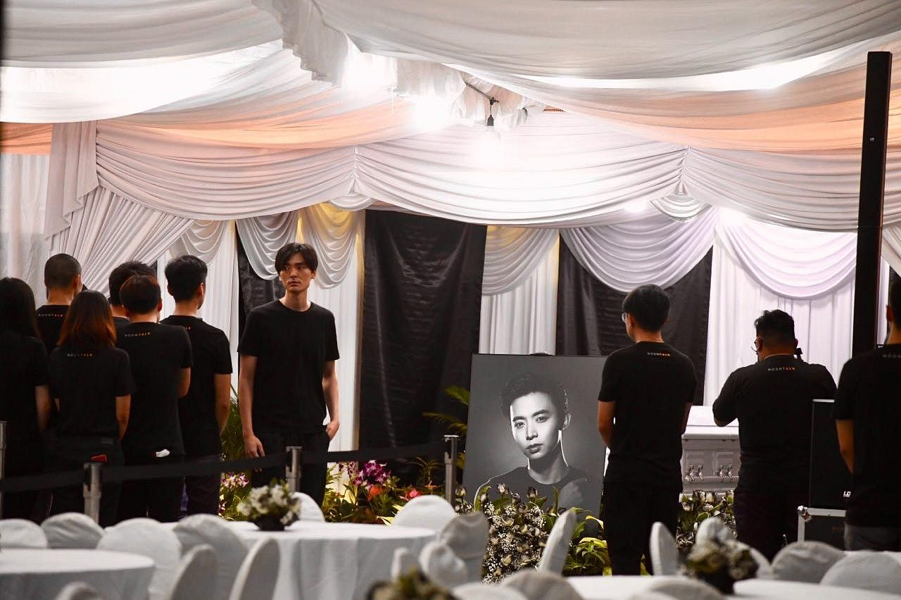 Hundreds Of People At Wake Of Aloysius Pang To Pay Their