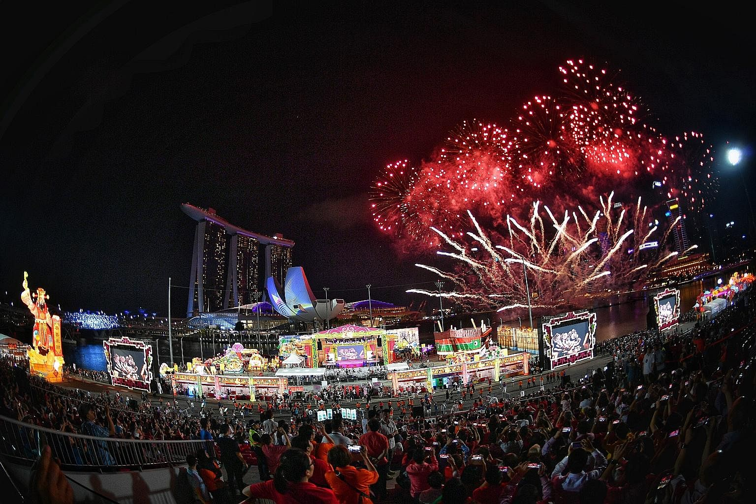 Fireworks lit up the Marina Bay skyline last night at the launch of this year's River Hongbao, which is one of the first major events of the year kicking off Singapore's bicentennial commemoration. The 10-minute fireworks display was the longest in t