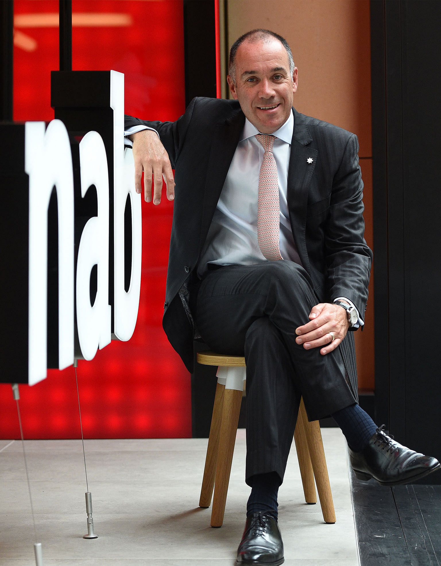 Australia's NAB chief exec and chairman quit, Banking News