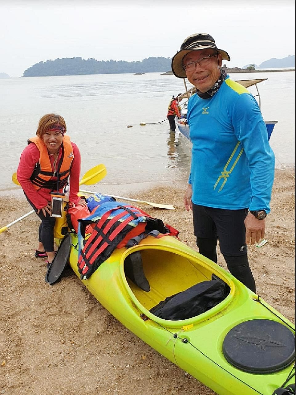 An undated photo provided to Lianhe Zaobao showing Mr Tan Eng Soon and Madam Puah Geok Tin, who are still missing. They were separated from their group amid strong winds and choppy waters off Mersing last Thursday.