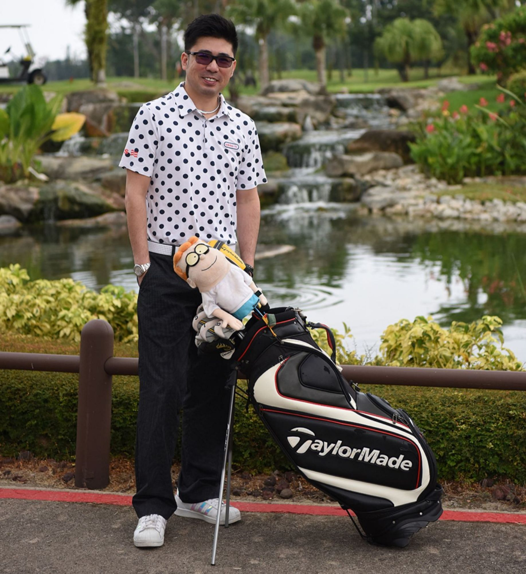 National Bowler Remy Ong Golfing