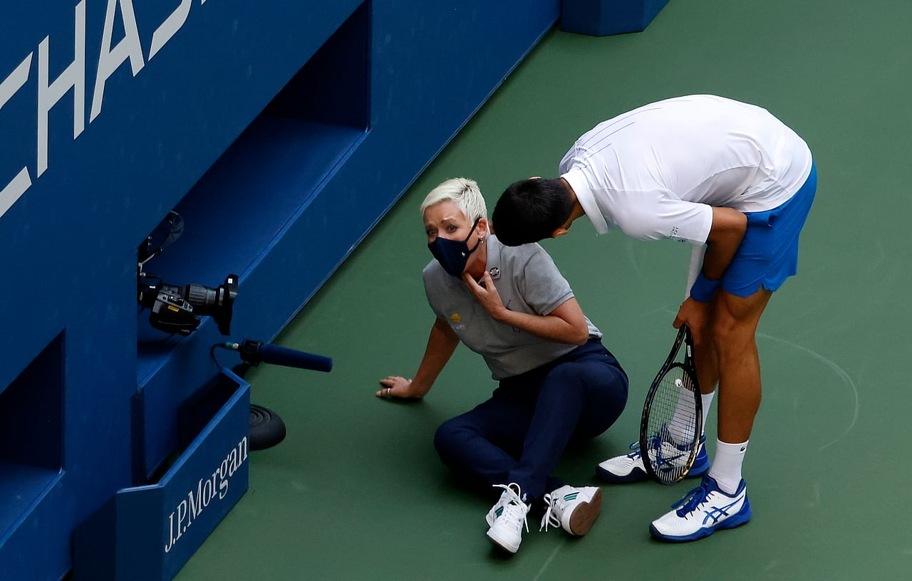 Tennis Djokovic Disqualified From Us Open After Hitting Lineswoman With Ball Tennis News Top Stories The Straits Times