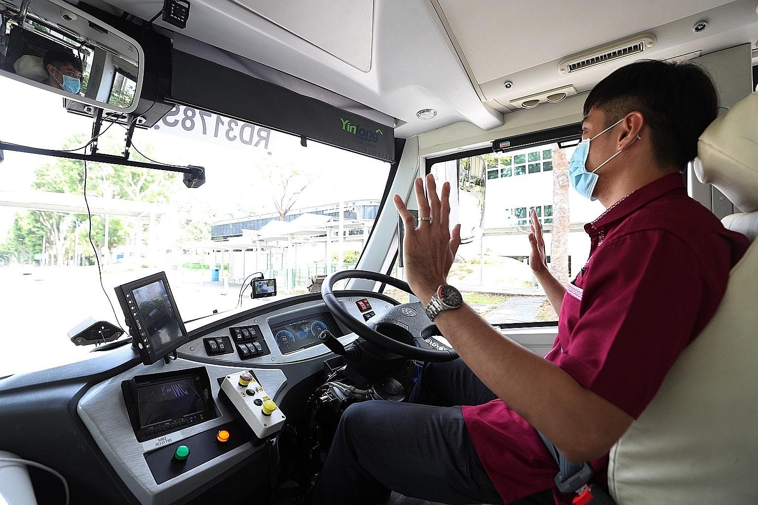 Commuters can now take driverless buses in two areas of Singapore for a small fee, in the first such trial since Singapore began experimenting with autonomous vehicles on the roads in 2015. From now till April 30, the buses will run in Singapore Scie