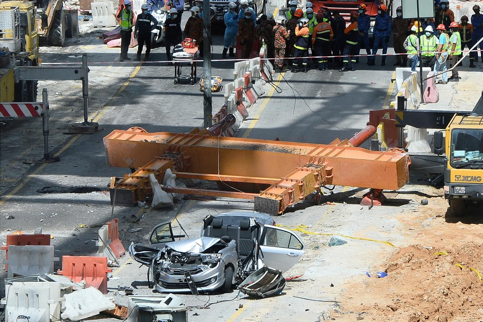 Malaysian authorities suspend Kuala Lumpur highway project after fatal  crane accident, SE Asia News & Top Stories - The Straits Times