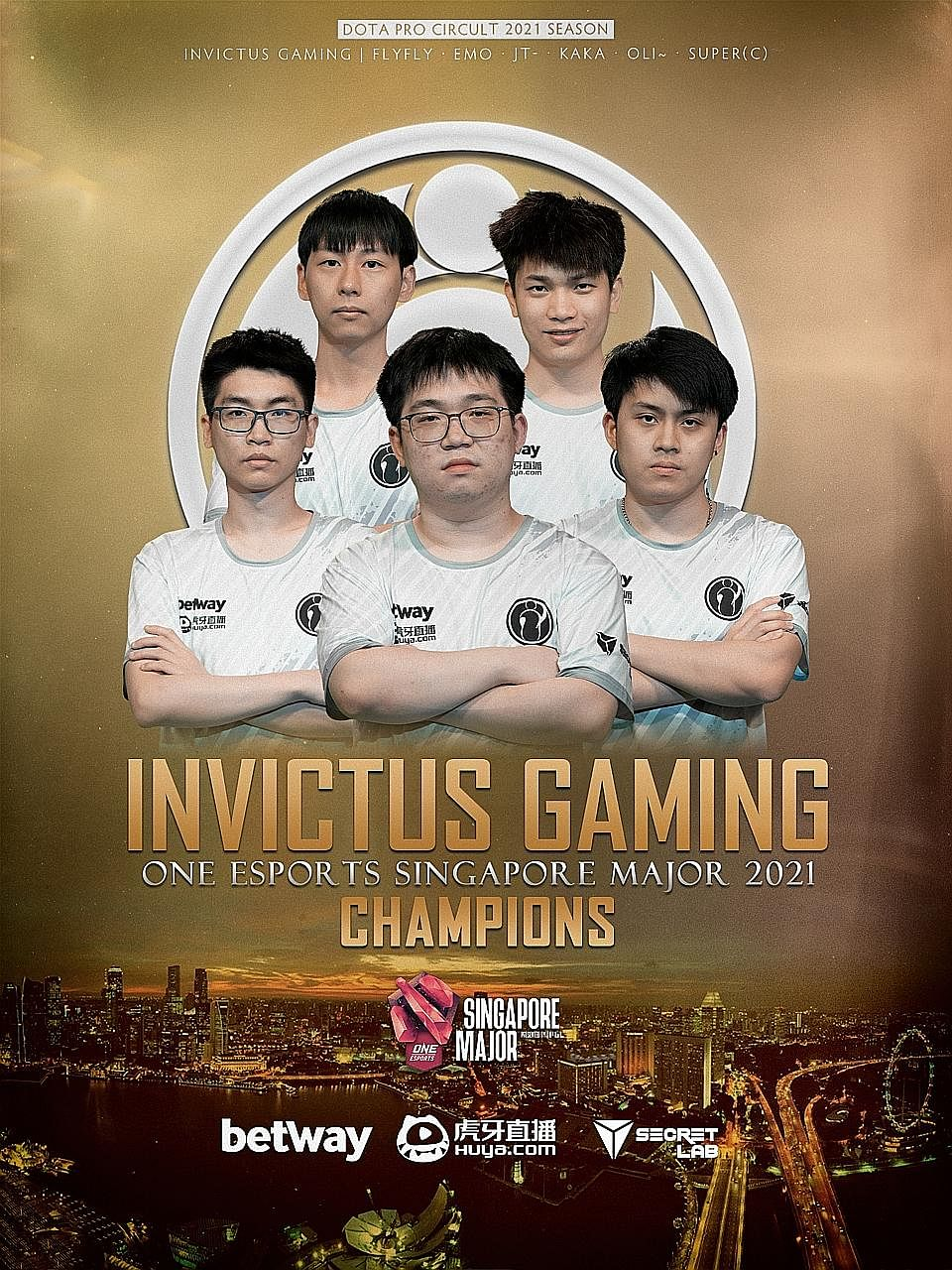 Hu Liangzhi (back row, right) played a big role in Invictus Gaming's 3-2 comeback victory in the grand final of the One Esports Dota 2 Singapore Major yesterday.