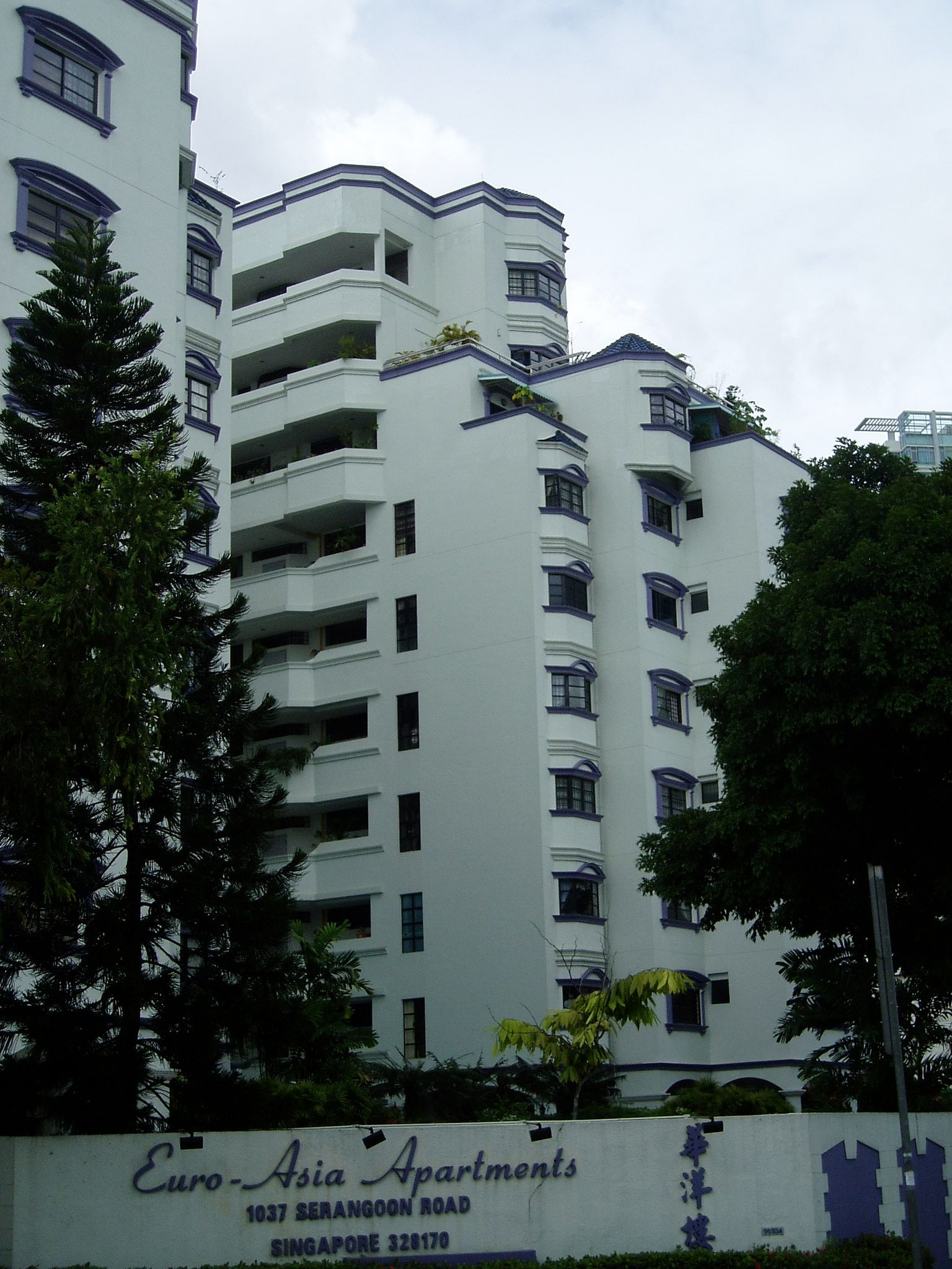 http://www.srx.com.sg/singapore-property-news/11722/euro-asia-apartments-eyes-collective-sale