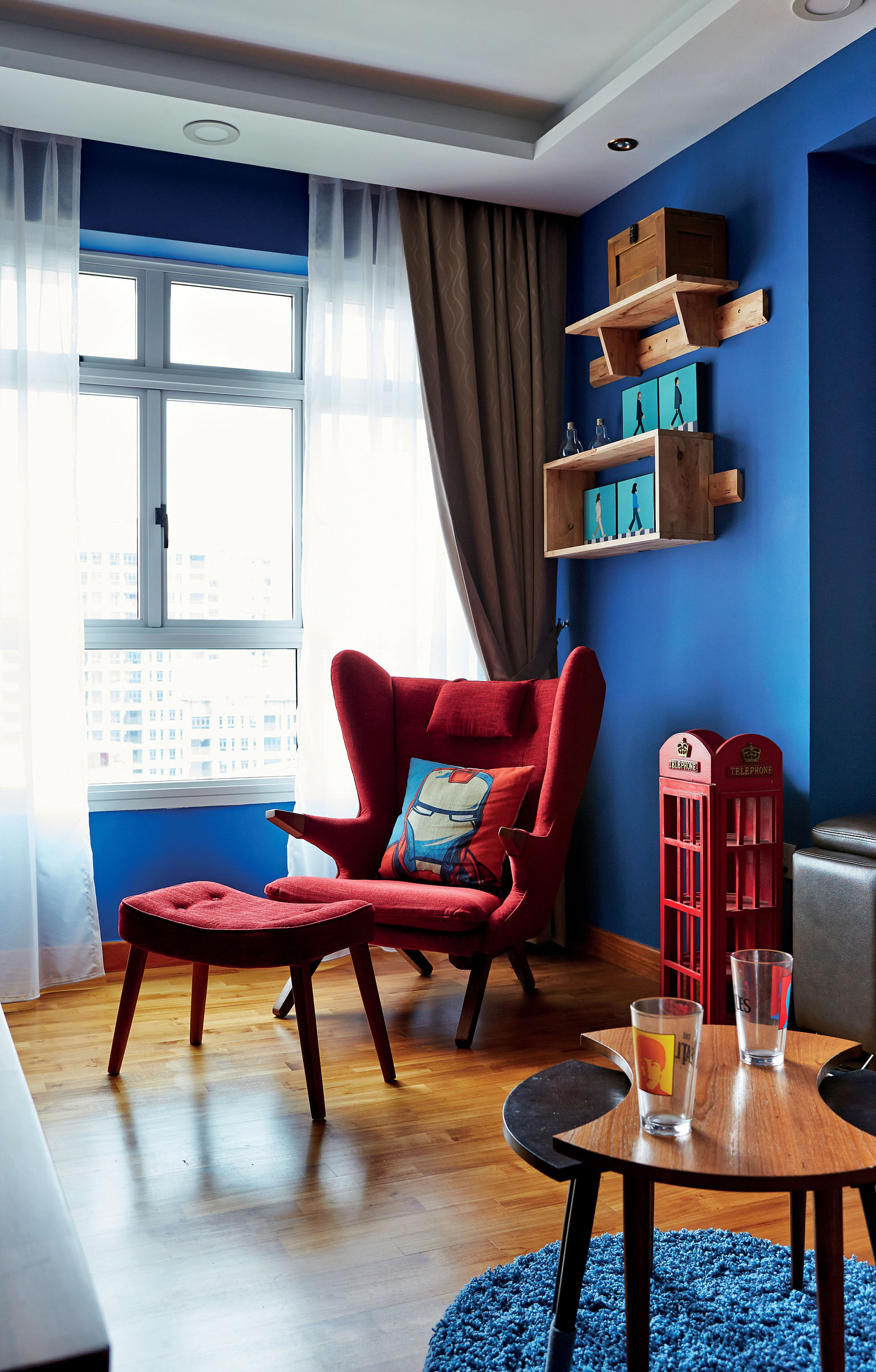 The chic apartment step right into the bedroom home for Website that allows you to design a room