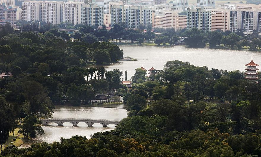 A view of the Jurong Lake and its vicinity. -- ST PHOTO: SAM CHIN