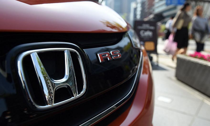 Honda Motor is expanding its recalls by 4.89 million vehicles, bringing the total called back by the company to about 19.6 million, it said on Thursday, May 14, 2015, in Tokyo. -- PHOTO: AFP