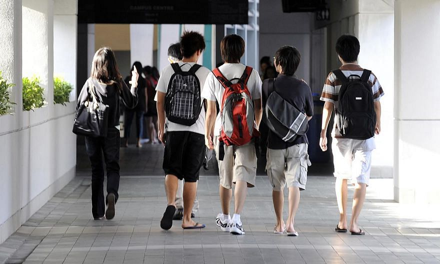 Nanyang Polytechnic (NYP) students will be able to benefit from longer and more structured internships, after the institution signed agreements with 50 industry partners on Friday. -- PHOTO: ST FILE
