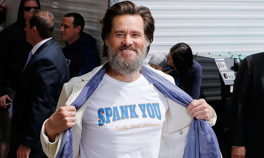 Comedian Jim Carrey arriving at the Late Show With David Letterman on May 20, 2015, at the Ed Sullivan Theatre on May 20, 2015 in New York City. -- PHOTO: AFP