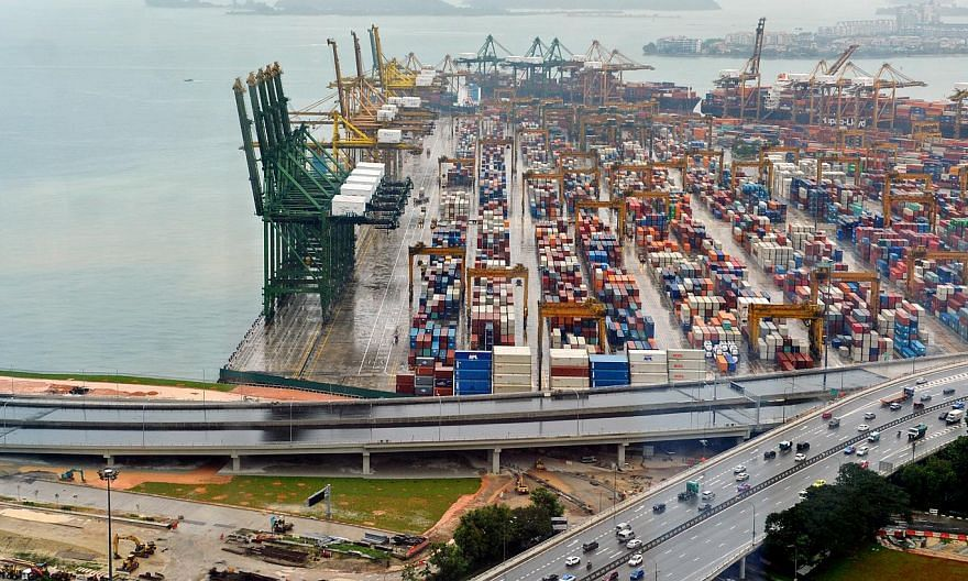 Singapore's non-oil domestic exports (NODX) had their best quarterly performance in three years, rising 4.8 per cent year-on-year in the first three months of 2015, compared to the 0.5 per cent increase in the previous quarter. -- PHOTO: ST FILE