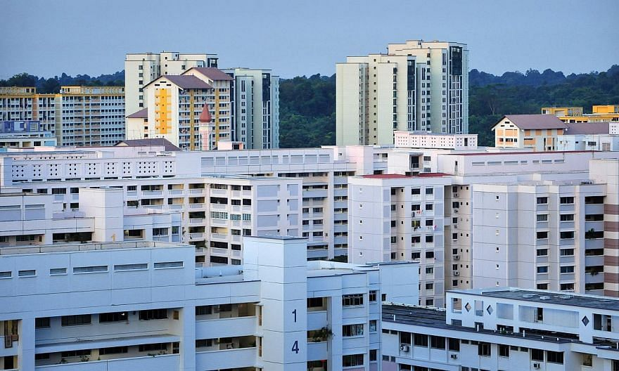 Interest in the Lease Buyback Scheme surged when more households became eligible in April, with 450 applications in April and May, the Housing Board said on Friday. -- ST PHOTO: ALPHONSUS CHERN