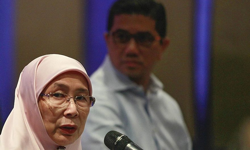 Dr Wan Azizah Wan Ismail speaking at the roundtable meeting on the formation of a new opposition alliance on Sept 22. Some PKR leaders said she was supposed to report to the PKR supreme council on the talks before announcing the coalition.