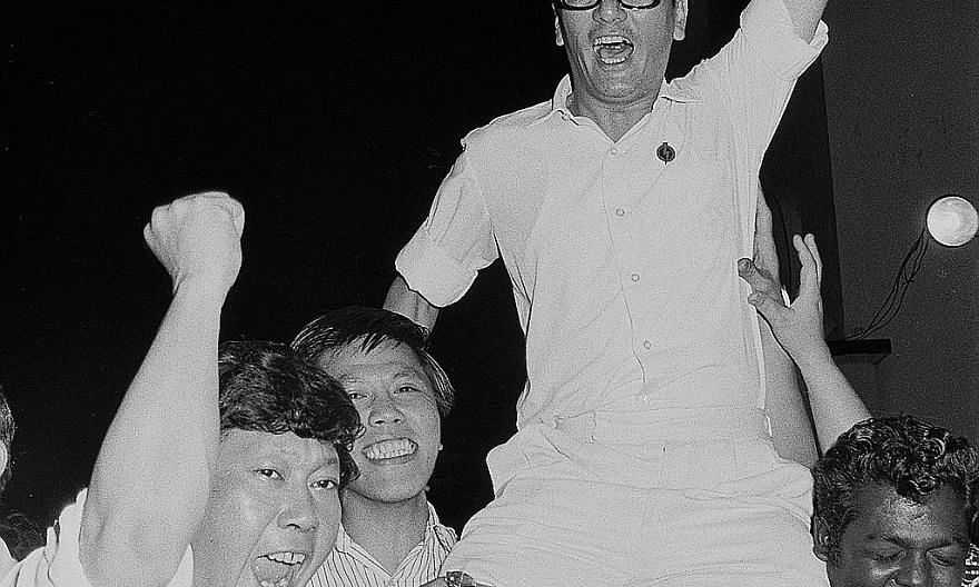 Phey, who ran as the PAP's candidate in Boon Teck, celebrating his victory in the 1972 General Election. Four years later, he stood for re-election and won.