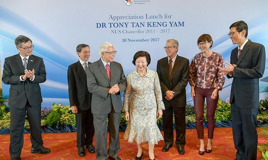 Former president Tony Tan and his wife Mary with (from left) NUS deputy president (academic affairs) and provost Tan Eng Chye; NUS Board of Trustees chairman Hsieh Fu Hua; former NUS chairman Wong Ngit Liong; and (far right) NUS president Tan Chorh C