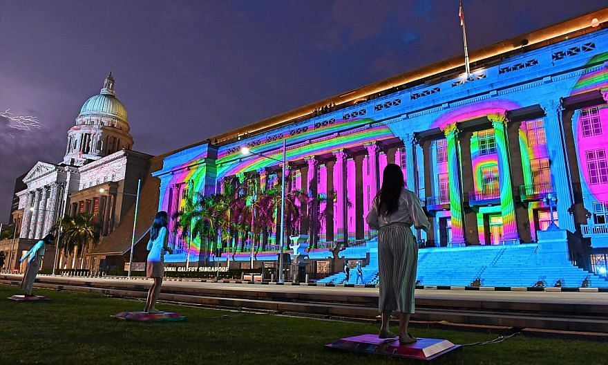 Art Skins On Monuments transforms famous landmarks into works of art inspired by colour, light and sound. With the Chromascope installation, visitors are invited to stomp on steel pads to project visuals onto the exterior of the City Hall side of Nat