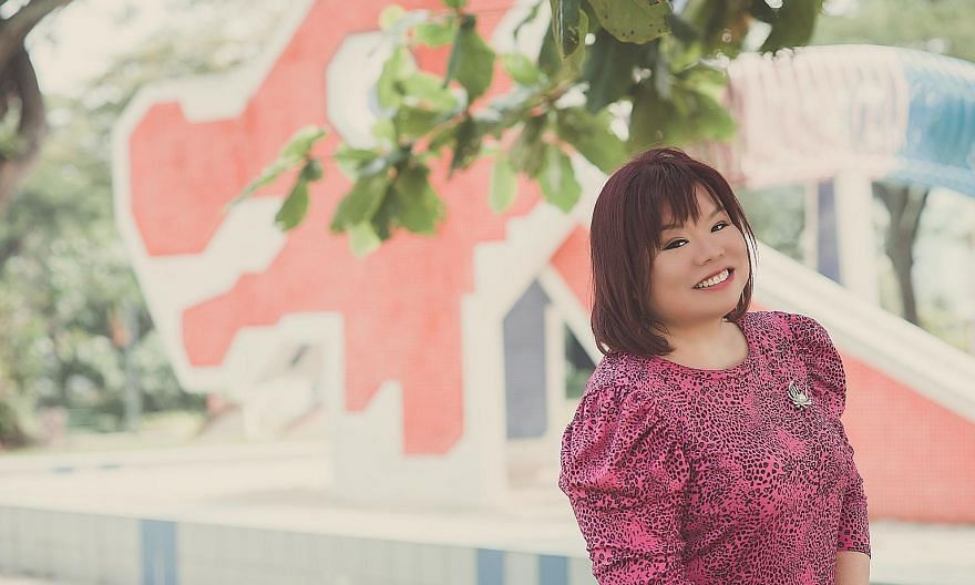 Singer Tay Sia Yuen, a member of Mensa Singapore, took part in China's variety show Sound Of My Dream in 2016.