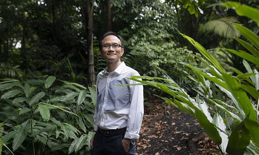 Mr Chong Chin Eai's Vanda Global Fund is the world's best-performing hedge fund this year, gaining more than 300 per cent.