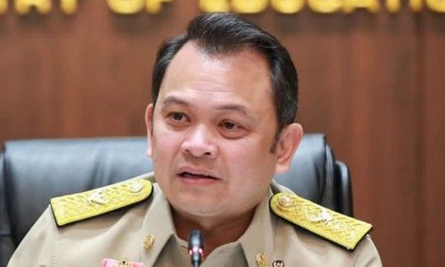 Thai Education Minister Nataphol Teepsuwan said on-site learning is a priority, but that the on-air approach will have to be used when that is not possible.
